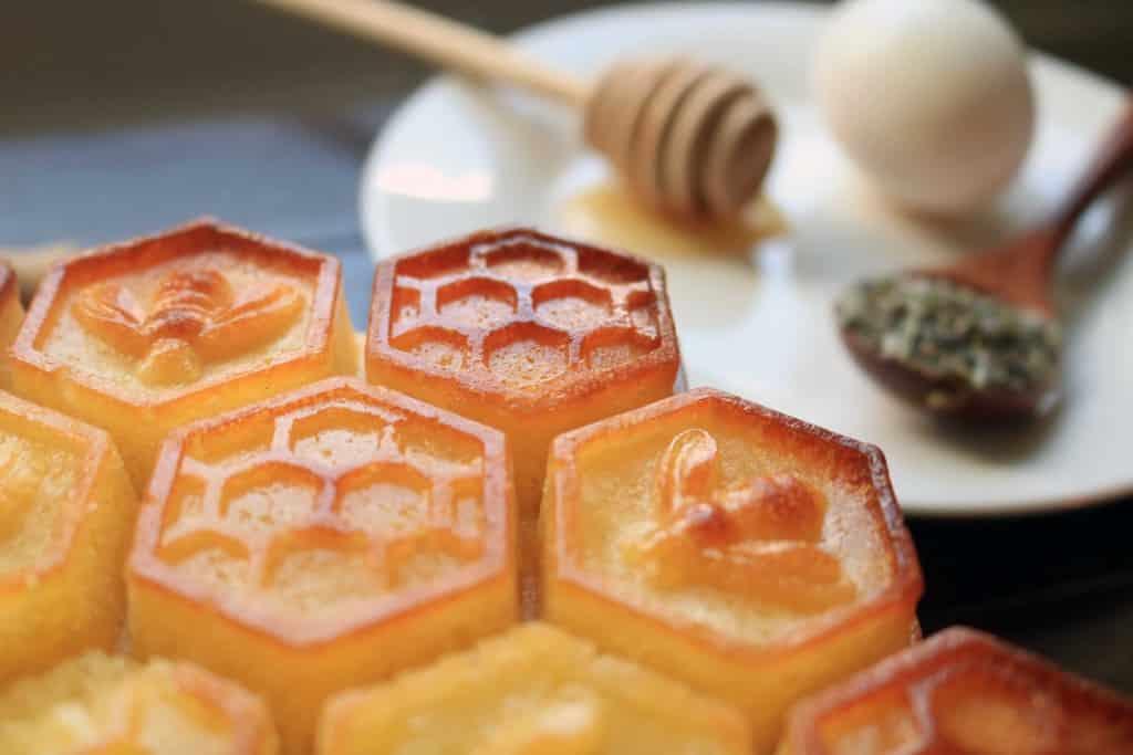https://www.templumdianae.com/wp-content/uploads/2020/06/honey-cake-for-litha.jpg
